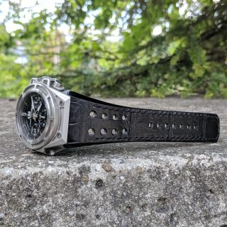 Black perforated alligator Linde Werdelin strap