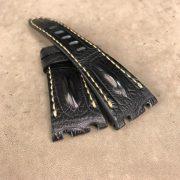 Black_hornback_strap_for_AP